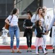 Exclusif - Mel B (Melanie Brown) emmène ses filles Angel et Madison à la messe dominicale à Beverly Hills. Son ami Gary Madatyan les accompagne. Le 18 novembre 2018