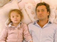 """The Holiday"" : La fille de Jude Law dans le film culte a bien changé..."