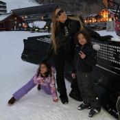 Mariah Carey : Shopping et bataille de boules de neige avec son chéri