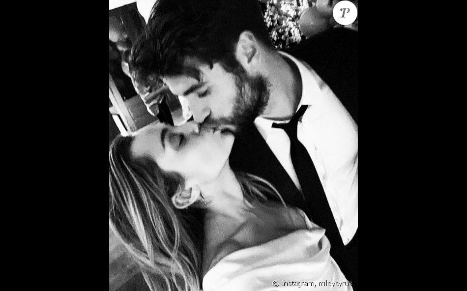 mariage sans rencontres baiser scène veufs chrétiens datant