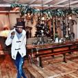 David, le fils de Madonna, se prépare pour Noël, décembre 2018.