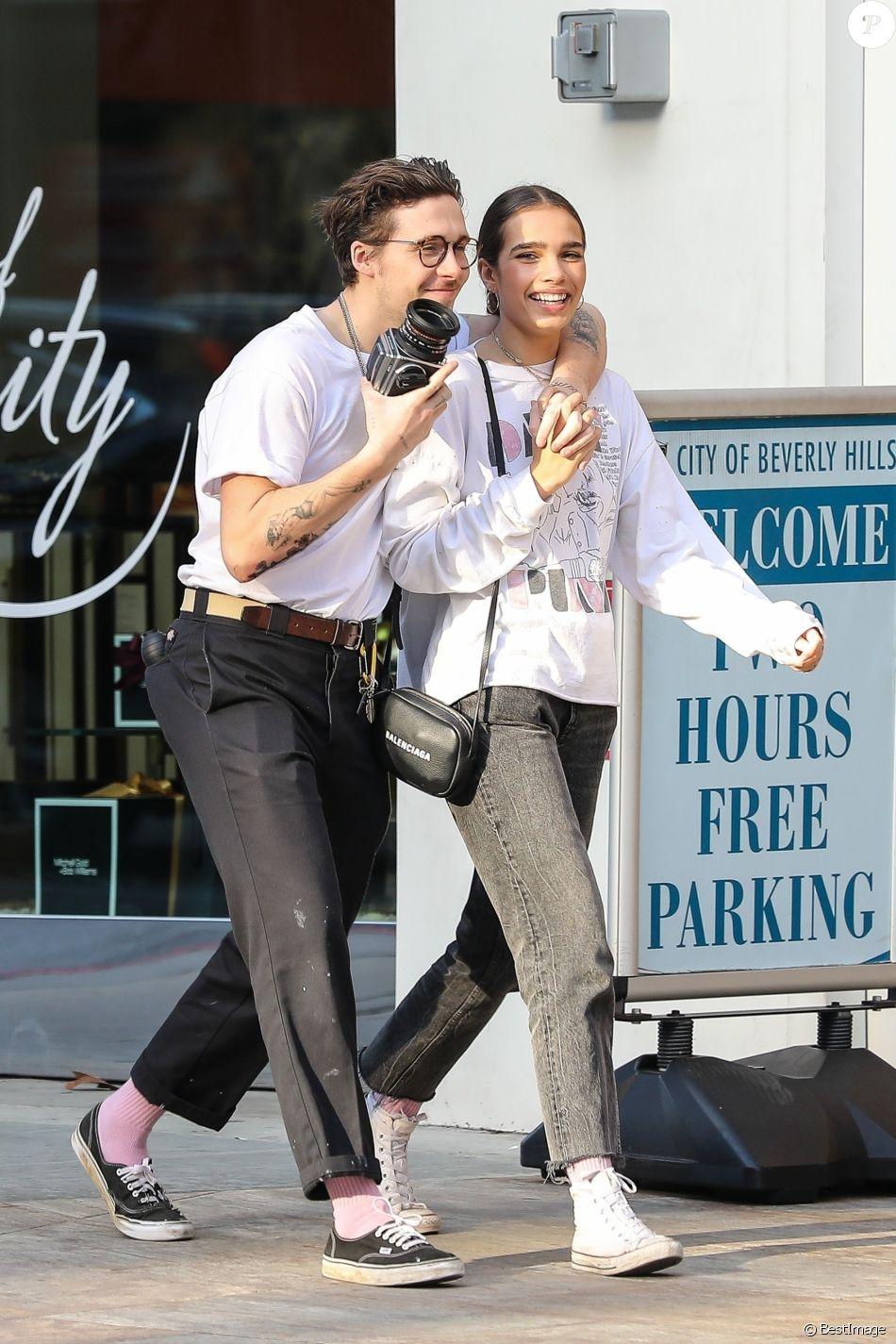 Exclusif - Brooklyn Beckham et sa petite amie Hana Cross se baladent à Beverly Hills, le 16 décembre 2018.