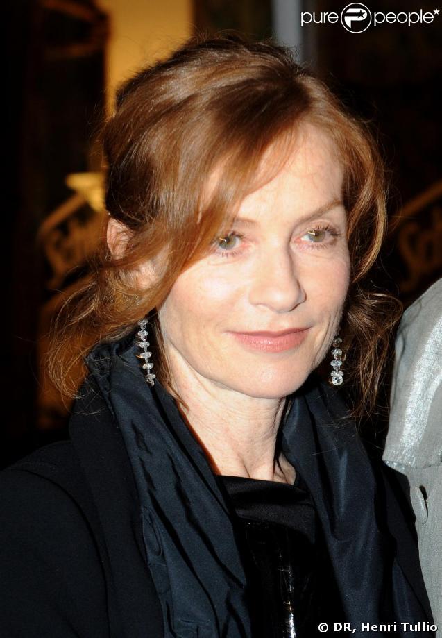 Isabelle Huppert à la soirée Schweppes à Cannes le 20 mai dernier
