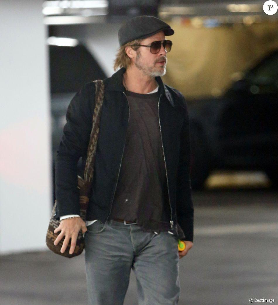 Exclusif - Brad Pitt quitte une réunion qui a duré 9 heures au lendemain de son 55ème anniversaire à Los Angeles le 19 décembre 2018.