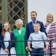 La princesse Ingrid Alexandra, la princesse Astrid, le prince Haakon, le prince Sverre Magnus, la princesse Mette-Marit lors du 80e anniversaire de la reine Sonja de Norvège à Oslo, le 4 juillet 2017.