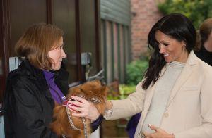 Meghan Markle enceinte : Pourquoi se tient-elle toujours le ventre ?