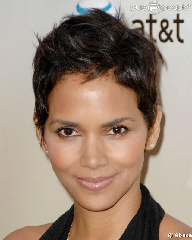 "Halle Berry, très en beauté lors des Spike TV's ""Guys Choice Awards"" 2009, aux Sony Studios de Los Angeles, le 30 mai 2009 !"