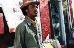 K'Naan, la révélation hip hop/world music sort du studio de Bob Marley : un troubadour des temps modernes ! Regardez le clip de