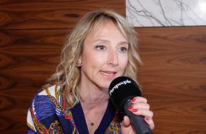 Scènes de ménages : Leslie et Léo critiqués au départ, Audrey Lamy les défend