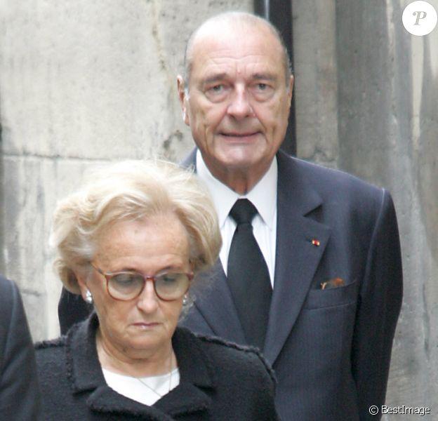 Jacques et Bernadette Chirac - Obsèques de Claude pompidou en l'église Saint-Louis, à Paris, le 6 juillet 2007.