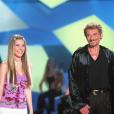 Emma Daumas à la Star Academy chante avec Johnny Hallyday, en novembre 2002