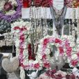 Exclusif - Prix spécial - Arrivée samedi 16 février 2019 à Saint-Barthélemy pour les vacances scolaires des filles, Laeticia Hallyday est venue se recueillir sur la tombe de Johnny avec ses filles Jade et Joy, sa mère Françoise Thibaut et Jean Reno avec sa femme Zofia Borucka au cimetière marin de Lorient à Saint-Barthélemy. (Pour infos voir vendeur)  (No Web No Blog pour la Belgique et la Suisse)16/02/2019 - Saint-Barthélemy