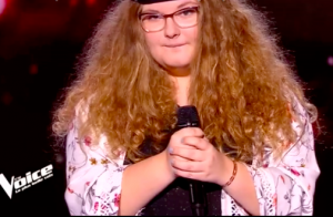 The Voice 8 : Jenifer, émue, quitte le plateau en larmes et un gagnant revient !