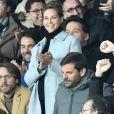 Ophelie Meunier et son mari Mathieu Vergne dans les tribunes du parc des Princes lors du match de football de ligue 1, opposant le Paris Saint-Germain (PSG) contre l'Olympique de Marseille (OM) à Paris, France, le 17 mars 2019. Le PSG a gagné 3-1.