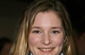 Natacha Régnier perd la tête... mais pas Sylvie Testud !