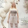 """Sophie Turner en couverture du magazine anglais """"Harper's Bazaar"""" - mai 2019."""