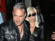 """Lady Gaga aurait rompu avec son fiancé parce qu'il lui """"envoyait trop de SMS"""""""