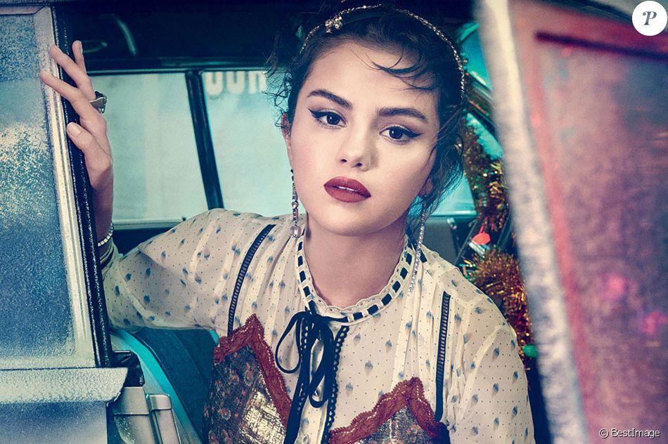 Selena Gomez pose pour la campagne de pub de la marque Coach. Photo publiée en novembre 2018.