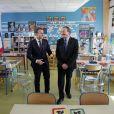 Le président Emmanuel Macron en interview télévisée pour le journal de 13h00 de Jean-Pierre Pernaut de TF1 à Berd'Huis le 12 avril 2018. Yoan Valat / Pool / Bestimage