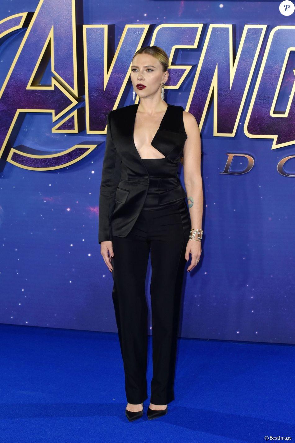 """Scarlett Johansson à la première de """"Avengers: Endgame"""" au cinéma Picture House Central à Londres, le 10 avril 2019."""