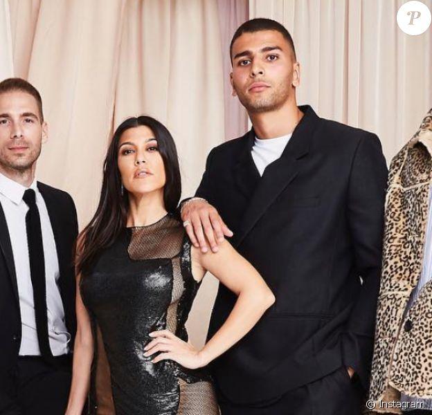 Au centre : Simon Huck, Kourtney Kardashian et Younes Bendjima - Soirée d'anniversaire de Kourtney Kardashian (40 ans) à Beverly Hills. Le 18 avril 2019.
