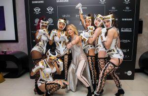 Iris Mittenaere irrésistible face à Demdem et Maître Gims au Casa Fashion Show
