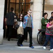 Hayden Christensen et sa fiancée Rachel Bilson : En promenade romantique à Paris... les amoureux sont seuls au monde !