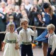 Theodora Williams, la fille de Robbie Williams, Louis de Givenchy, Lady Louise Windsor, le prince George de Cambridge - Cérémonie de mariage de la princesse Eugenie d'York et Jack Brooksbank en la chapelle Saint-George au château de Windsor le 12 octobre 2018.