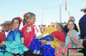Reine Maxima : Caliente à Séville sur la piste de danse, en famille à la feria !