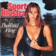 "Elle Macpherson, il y a 20 ans, en couverture de ""Sports Illustrated"" !"
