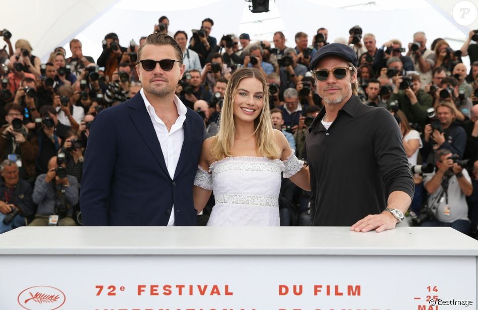 "Leonardo DiCaprio, Margot Robbie, Brad Pitt - Photocall du film ""Once upon a time in Hollywood"" lors du 72ème festival du film de Cannes le 22 mai 2019. © Jacovides-Moreau/Bestimage"