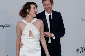 Milla Jovovich : Amoureuse au gala de l'amfAR face à Dua Lipa