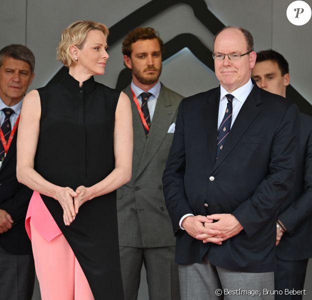 Le prince Albert II de Monaco, la princesse Charlene, Pierre Casiraghi, Louis Ducruet, Andrea Casiraghi durant le 77 eme Grand Prix de Formule 1 de Monaco remporté par L. Hamilton, suivi par S. Vettel et V. Bottas le 26 mai 2019. © Bruno Bebert : Bestimage