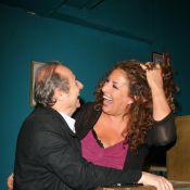 Quand Marianne James, toute bronzée et déchaînée, se love dans les bras de Patrick Braoudé !
