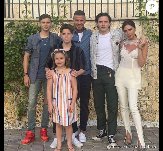 David Beckham à Miami avec sa femme Victoria et leurs quatre enfants (Brooklyn, Romeo, Cruz et Harper). Instagram le 2 juin 2019.