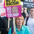 Des centaines de personnes ont manifesté devant Buckingham Palace contre la visite d'Etat de trois jours du président américain, actuellement reçu par la reine Elizabeth II d'Angleterre à Londres. Le 3 juin 2019