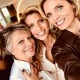 Sylvie Tellier, ses soeurs Anne-Sophie et Stéphanie ainsi que leur maman Annick s'affichent complices sur Instagram, le 21 mai 2019 pour célébrer le 70e anniversaire d'Annick.