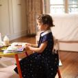 Margaux, la fille de Sylvie Tellier, en pleine lecture - Instagram, 24 mars 2019