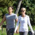 Exclusif - Gwyneth Paltrow et son mari Brad Falchuk font une petite sortie sportive soft à Los Angeles le 9 avril 2019