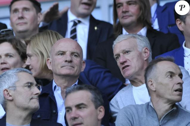 Guy Stéphan et Didier Deschamps (sélectionneur de l'équipe de France) dans les tribunes lors de la Coupe du monde féminine de football, Groupe A, France vs Norvège à Nice, France, le 12 juin 2019. La France a gagné 2-1. © Norbert Scanella/Panoramic/Bestimage