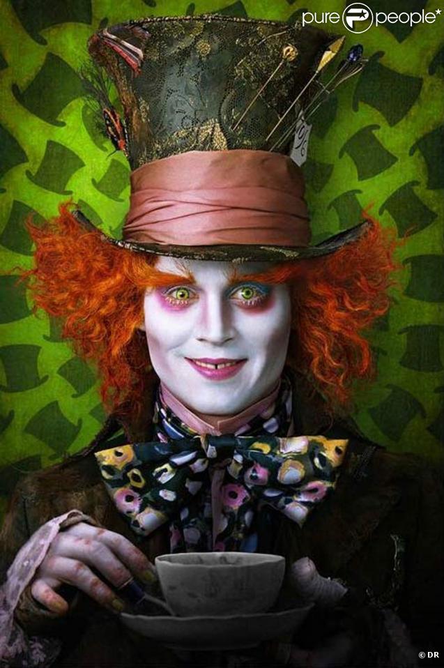 """Johnny Depp dans le rôle du Chapelier Fou, dans le """"Alice in Wonderland"""" de Tim Burton, que nous pourrons découvrir dans nos salles en 2010 !"""
