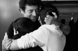 Patrick Bruel : Tendre photo avec ses fils qui débarquent à son concert