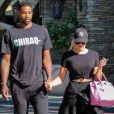 Khloe Kardashian et son compagnon Tristan Thompson sont allés voir le film White Boy Rick au cinéma à Calabasas. Le couple porte des baskets de la marque Off White. Le 16 septembre 2018.