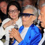 Michou entouré de Nana Mouskouri et Jean-Paul Belmondo pour ses 88 ans
