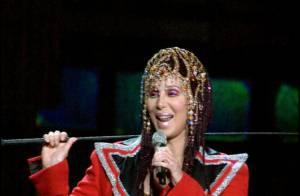 Cher revient au cinéma avec Christina Aguilera... Bataille de voix et de looks improbables à prévoir !