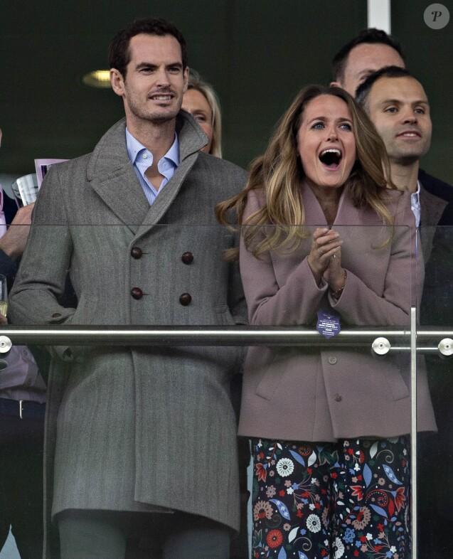 Andy Murray et sa femme Kim Sears lors du 2019 Cheltenham Festival le 13 mars 2019.