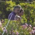 Andrea Bocceli et sa girlfriend Veronica, se détendent en Italie.
