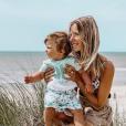 """Cindy des """"Ch'tis"""" avec son fils Gabin au Touquet, Instagram, le 18 juillet 2019"""