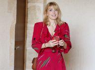 Julie Gayet pimpante en robe rouge : la compagne de François Hollande se lâche