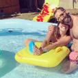 """Tiffany et Justin de """"Mariés au premier regard"""" à la piscine, le 4 juillet 2019"""